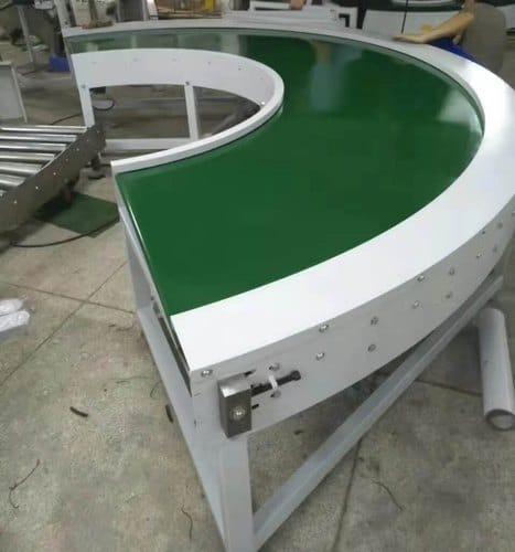 Băng chuyền PVC góc cong