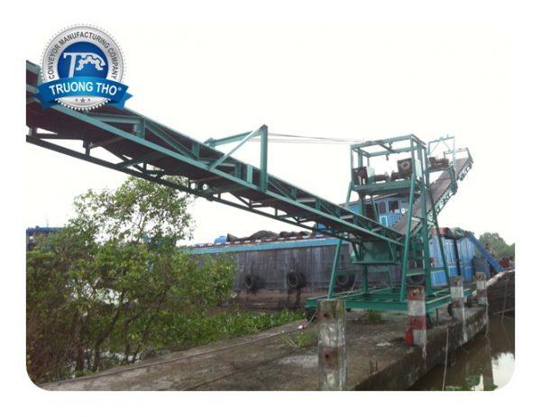 Băng tải cầu cảng